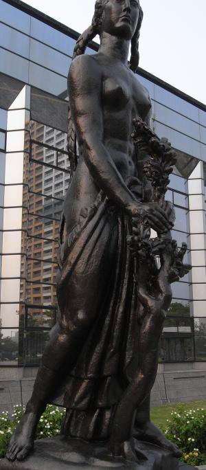 Statue07aug